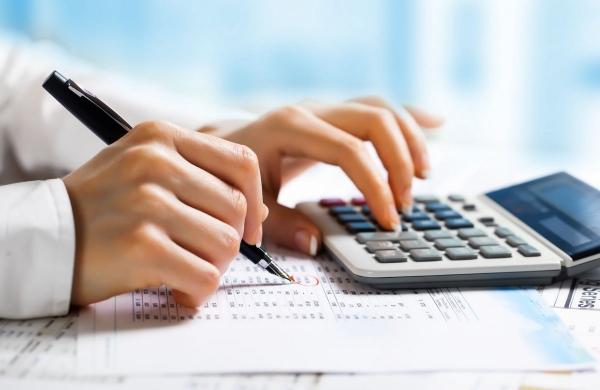 I pensionati e le autorità fiscali